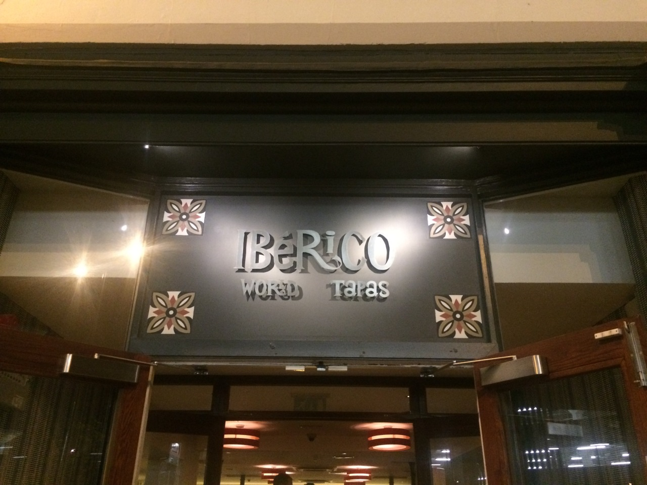 Iberico World Tapas, Derby