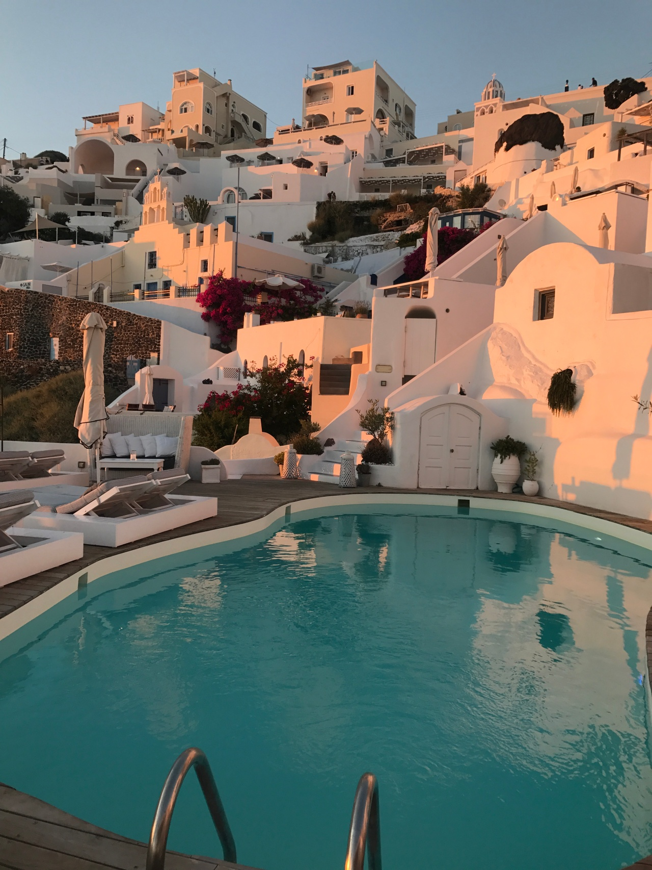 Sun Rocks Boutique Hotel, Santorini